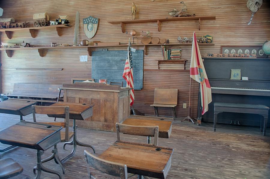 Old Lacoochee Schoolhouse