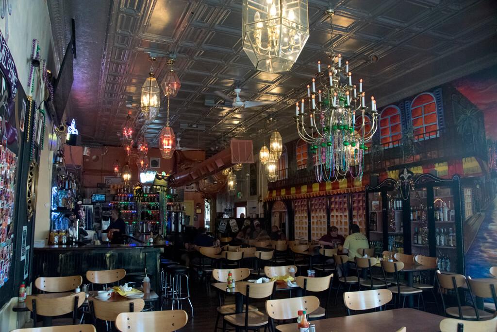 mobetta-gumbo-dining-room