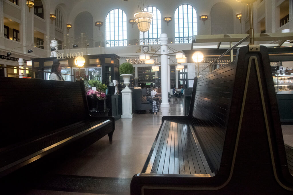 denver-union-station-bench-seat