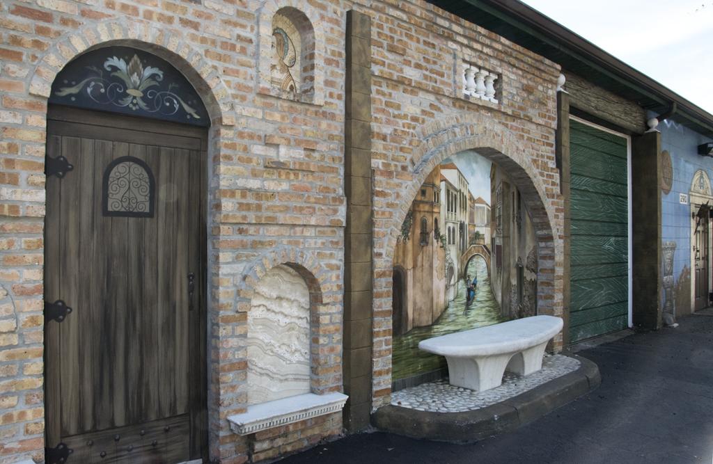 mazzaro-venice-mural
